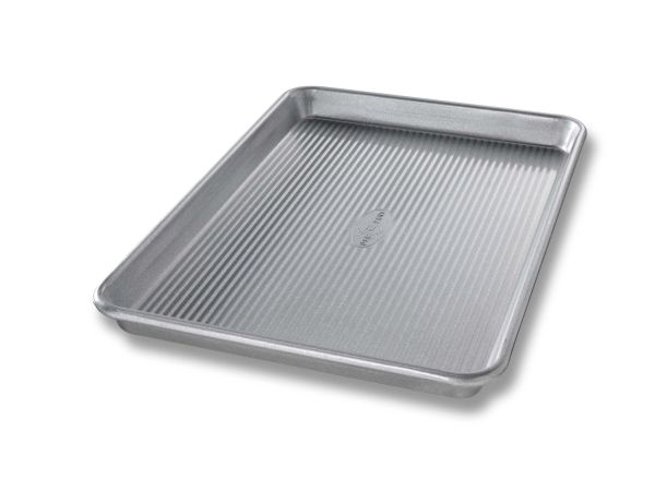 "13""x18"" USA Pan 1/2 Sheet Pan"